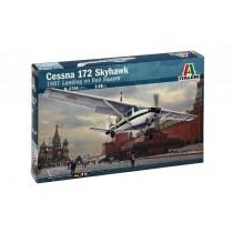 Italeri 2764 CESSNA 172 SKYHAWK - Landing on Red Square 1987  1:48