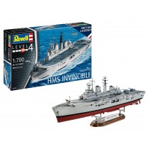 Revell 65172 HMS Invincible (Falkland War) 1:700  Model Set