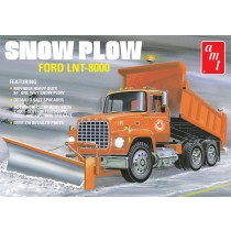 AMT 1178 FORD LNT-8000 SNOW PLOW 1:25